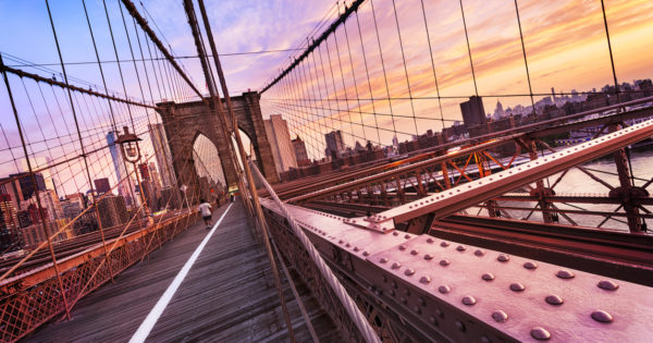 New York Reise Brooklyn Bridge ganz nah
