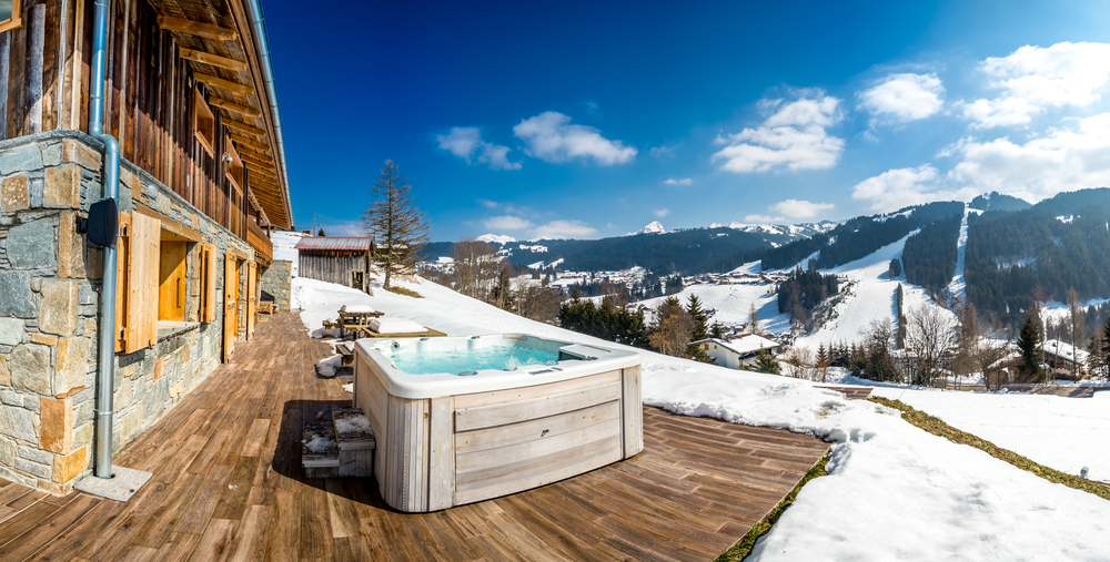 luxus urlaub im chalet 3 tage inkl whirlpool sauna. Black Bedroom Furniture Sets. Home Design Ideas